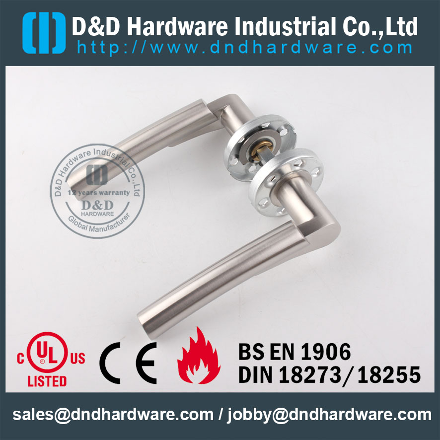 D&D Hardware-Cast Solid Door lever handle with CE DDSH017
