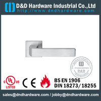Grade 304 good quality square door handle for Restroom Door- DDSH204