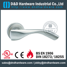 316 Grade Antirust Designer Lever Handle on Rose for Internal Door-DDSH081